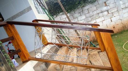 Escada externa casa