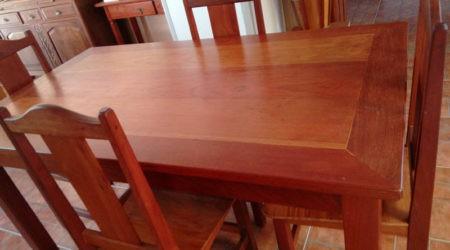 Mesa 4 cadeiras (venda)